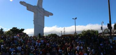 Misa na Praça do Cristo